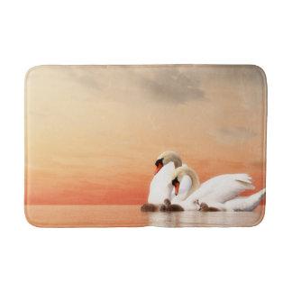 Swan family bath mat