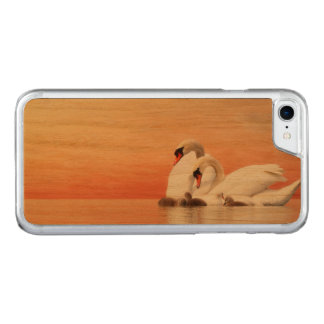 Swan family carved iPhone 8/7 case