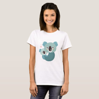 Sweet cartoon koala mother and baby hugging T-Shirt