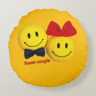 Sweet couple smiling face cute pillow round