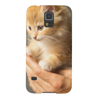 Sweet Kitten in Good Hand Galaxy S5 Cover