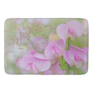 Sweet Pea Blossoms | Seabeck, WA Bath Mat