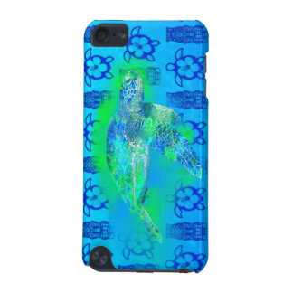 Swimming Sea Turtle iPod Touch (5th Generation) Cases