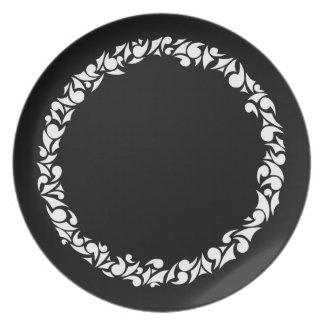 Swirl Ring Dinner Plate