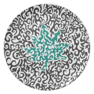 Swirly Leaf Plate