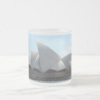 Sydney operahouse mug