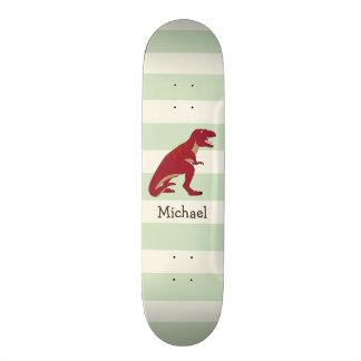 T-Rex rouge sur les rayures vertes en pastel Plateaux De Skateboards Customisés