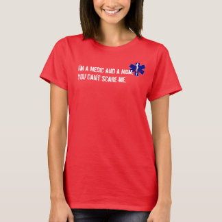 T-shirt de médecin de maman