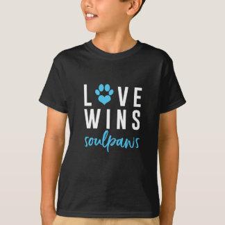 T-shirt L'amour gagne des garçons de chemise de SoulPaws