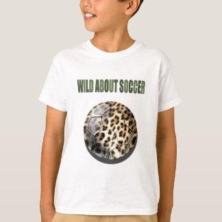 T-shirt Sauvage au sujet des cadeaux de ballon de football