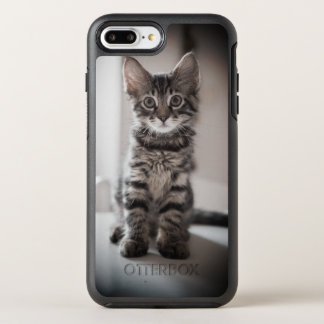Tabby Kitten on the Table OtterBox Symmetry iPhone 8 Plus/7 Plus Case