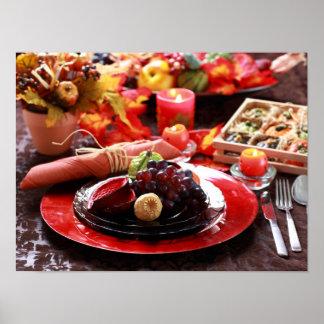 Table colorée décorée pour le thanksgiving poster