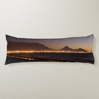 table mount. 96 x 34 body pillow