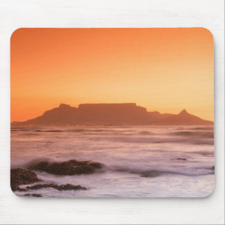 Table Mountain At Sunset, Bloubergstrand Mouse Pad