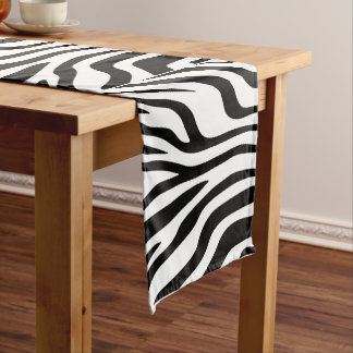 Table runner of 35.5 cm X 183 cm Streaks