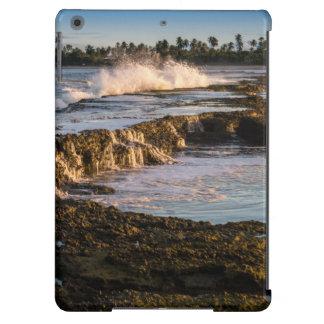 Tabuba Beach: Breaking Waves On The Reefs iPad Air Case