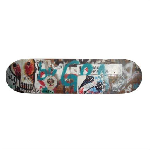Tag and graffiti - custom skateboard