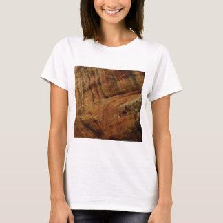 tan vertical sandstone lines T-Shirt