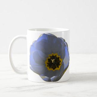 Tasse bleue et jaune de tulipe