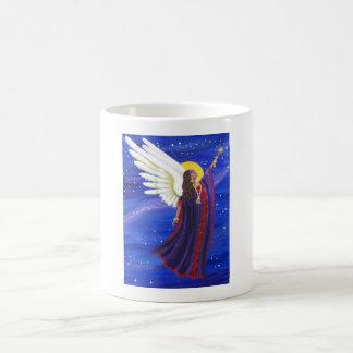 Tasse croissante d'ange