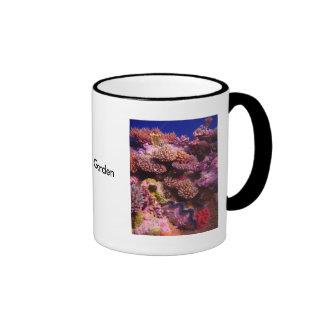 Tasse de café de corail de jardin