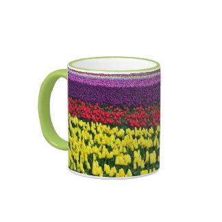 Tasse de café de jardin de tulipe de ressort