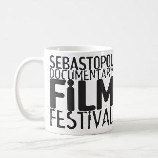 Tasse de café de Sébastopol Doc. Fest