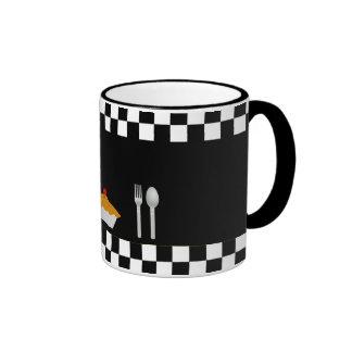 Tasse de café de tartes de damier