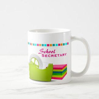 Tasse de café du secrétaire d'école