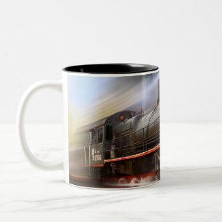 Tasse de café expédiante de train