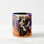 Tasse de Halloween avec deux enfants de vampire