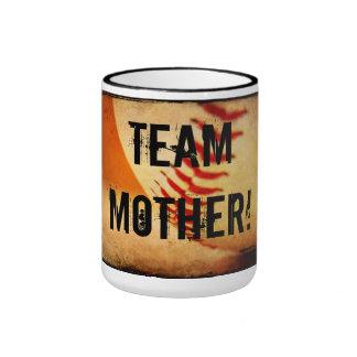 Tasse de sonnerie de mère d'équipe de baseball