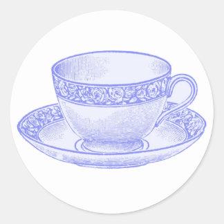 Tasse de thé pourpre sticker rond