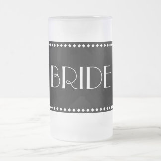 Tasse givrée par jeune mariée