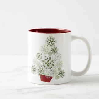 Tasse letton d'arbre de Noël