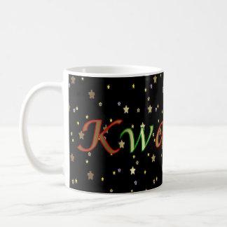Tasse verte rouge d'étoiles d'or noires de Kwanzaa