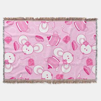 Tea mice throw blanket