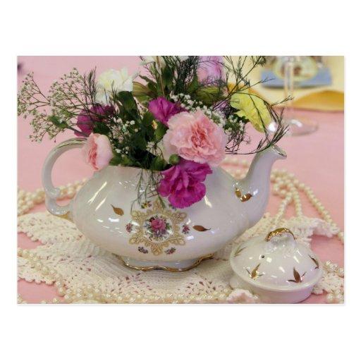 Tea Pot, pink carnations Post Cards