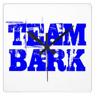 Team bark Clock