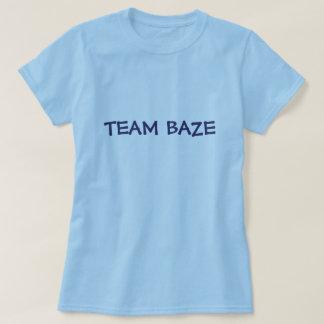 TEAM BAZE (Life Unexpected) - 1 T-Shirt