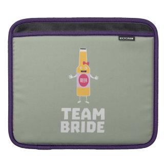 Team Bride Beerbottle Z5s42 iPad Sleeve