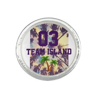 Team Island Circle Ring