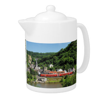 Teapot Balduinstein in the Lahn valley