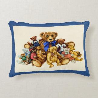 TEDDY BEAR HUGS ACCENT PILLOW *Customize