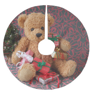 Teddy bear with many Christmas gifts Brushed Polyester Tree Skirt