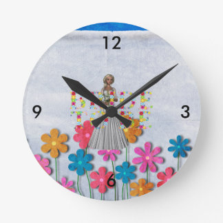 TEE Bride To Be Wall Clocks