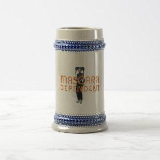 TEE Mascara Dependent Beer Steins