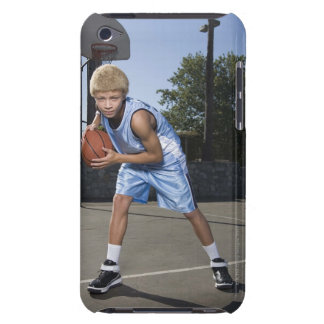 Teenage boy on basketball court 2 Case-Mate iPod touch case