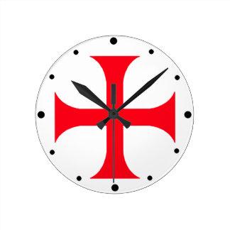 Templar red cross round clock