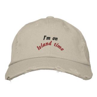 Temps d'île chapeaux brodés